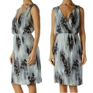 Banana republic 100% silk gray wrap dress 4 small